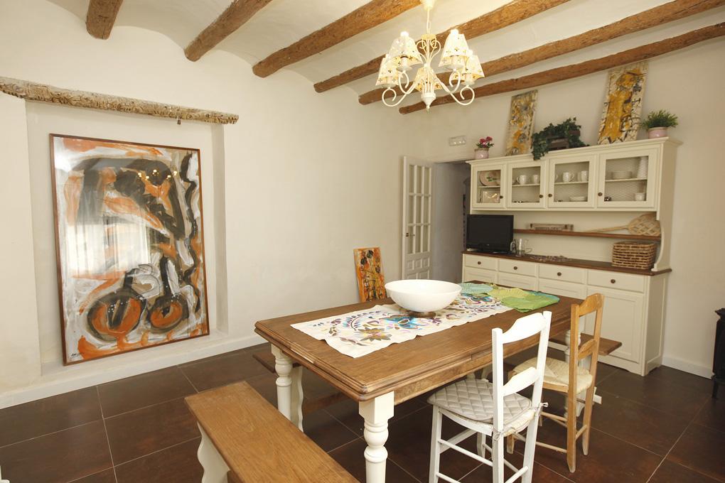 Terraza privada mobiliario de terraza barbacoa jard n - La casa del pintor gandia ...